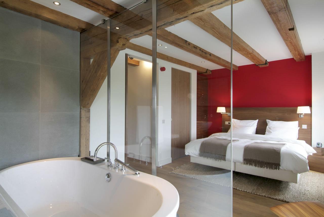 Hotel Texel | master bedroom suite 4